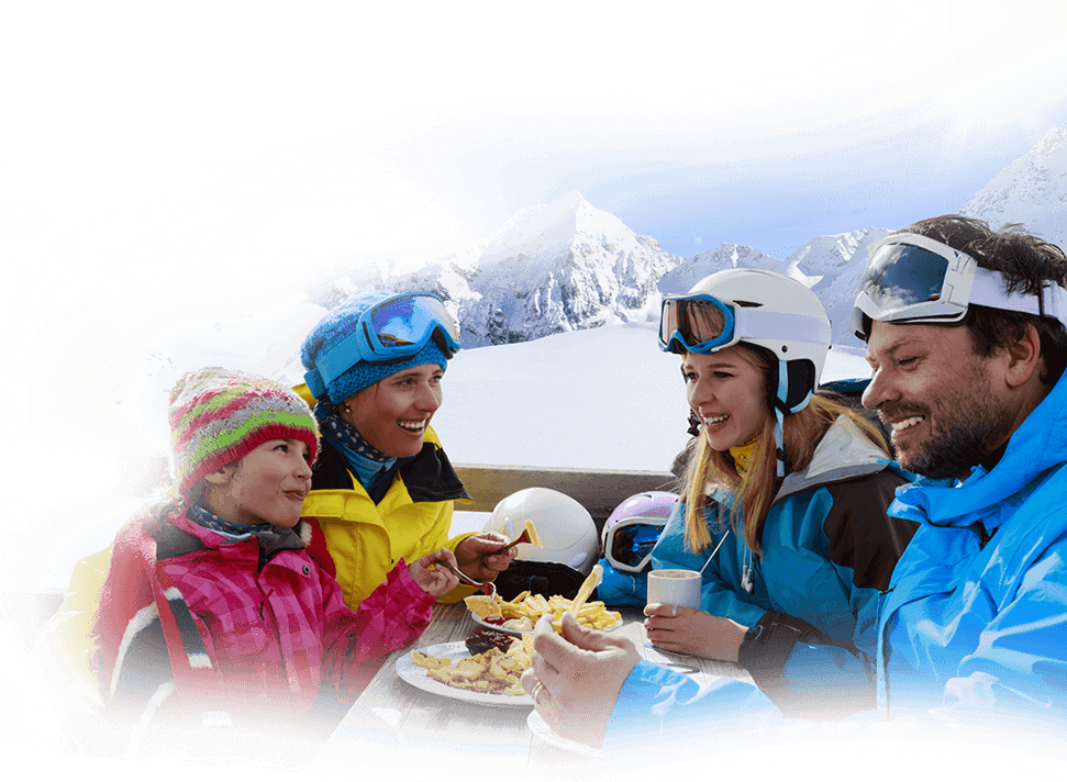 Check all the restaurants, reserve your table and enjoy breakfast, lunch or dinner - Zaarour Club: Ski resort and summer activities in Lebanon